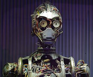 robot_RobotAreaIntroC_3POPuppetUpClose_Small